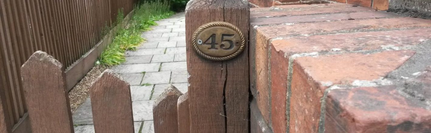 gatepost 45